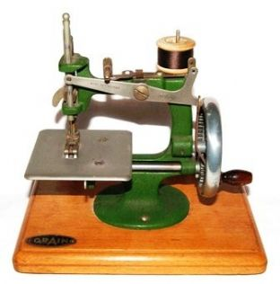 #52 Grain Sewing Machine